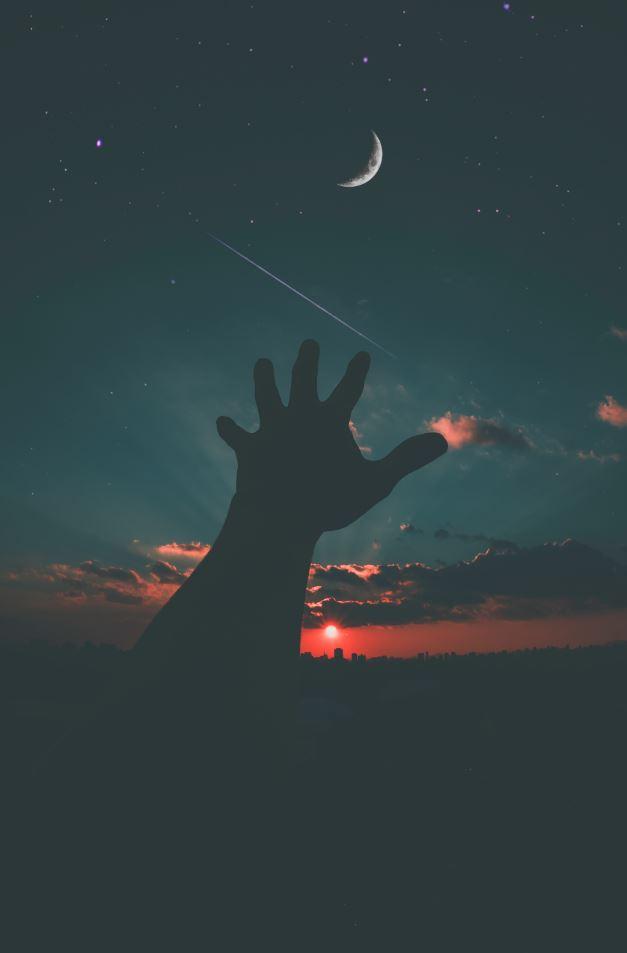 Hand on Moon