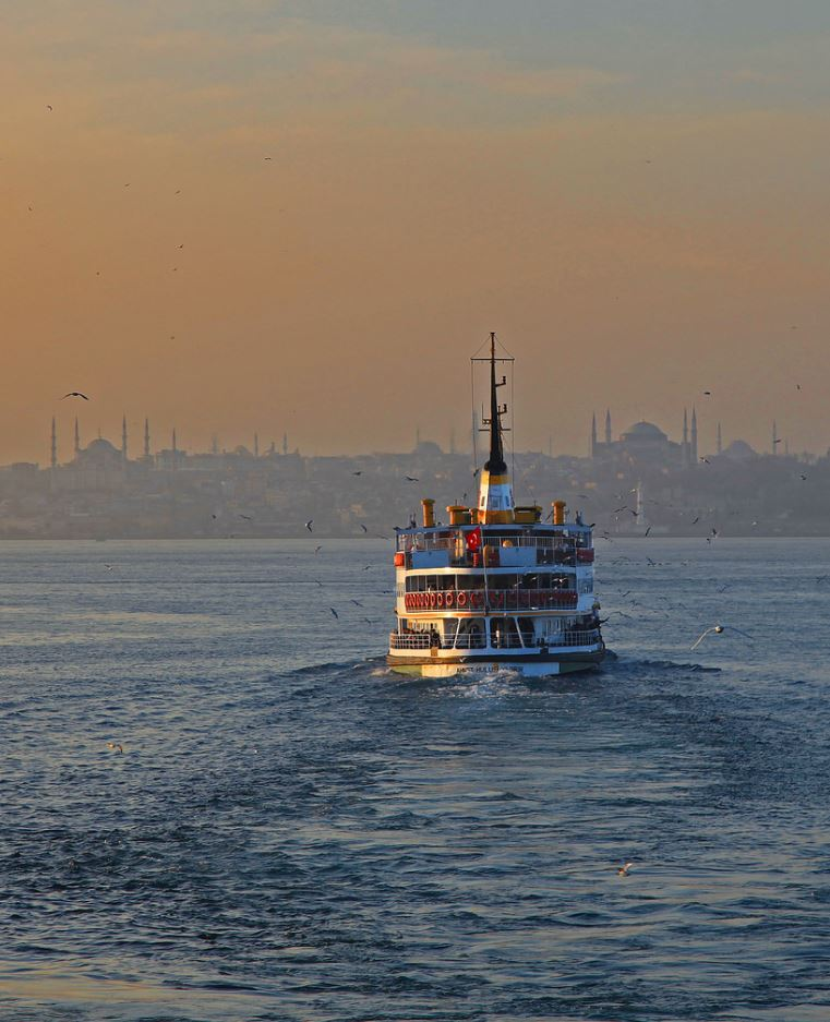 30 Stunning Photos to Make You Want to Travel Istanbul Right Away
